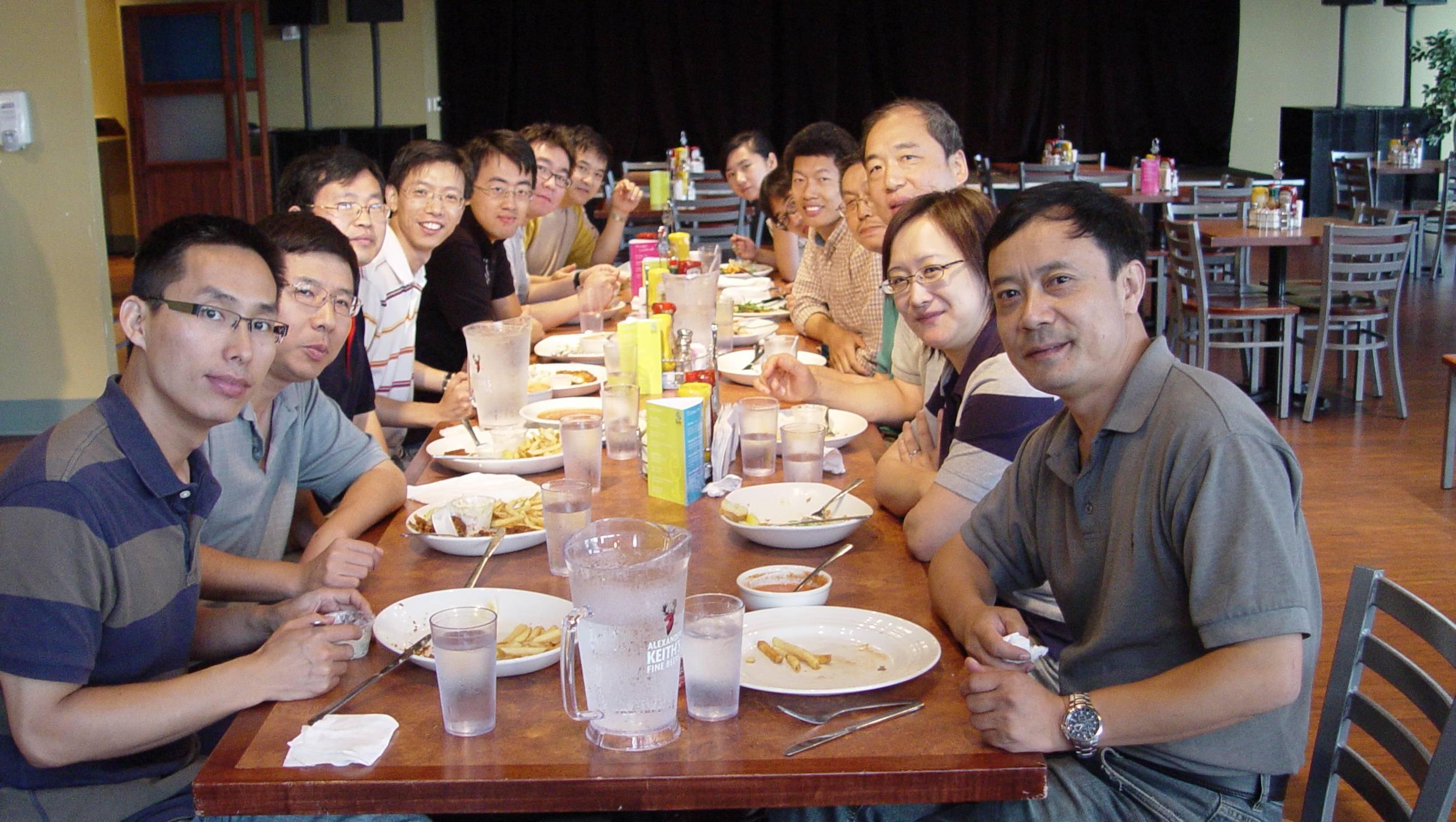 20100811访问加拿大祝教授课题组(答谢宴)